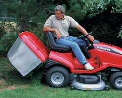Kosilica traktorska Honda HF 2622 HME 2